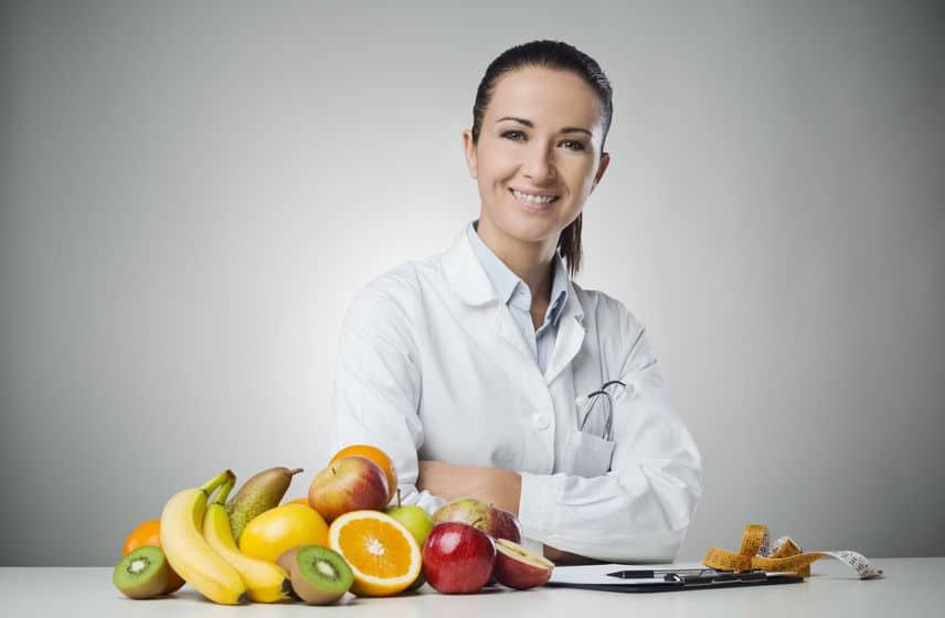 Nutricionista: o que faz este profissional e como ele pode te ajudar?